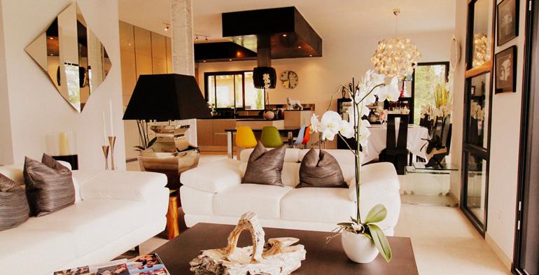 Prestations construction r novation de maisons chamois for Espace de vie construction